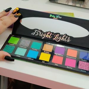 Pinky Rose Cosmetics Bright Lights Palette
